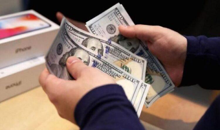 Mơ thấy đàn ông cho tiền dự báo điềm gì, đánh số gì thì trúng lớn