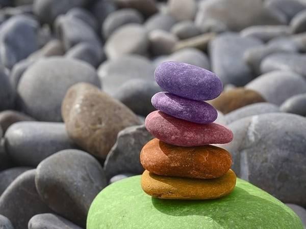 Giải mã điềm báo giấc mơ thấy hòn đá là gì?