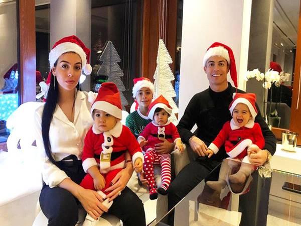 Con của Ronaldo gồm những ai? Mẹ của chúng là ai?